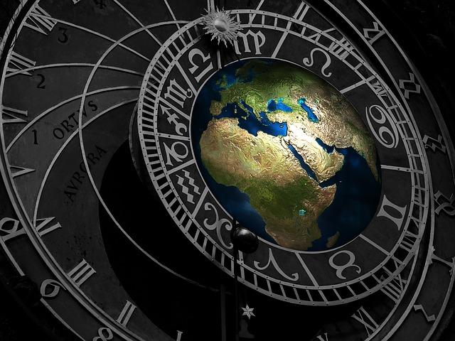 Zgodovina vedeževanja, tarota in ciganskih kart